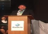 Diretor financeiro da ACE, Robson Martuchi, é homenageado pela Faculdade Estácio de Sá