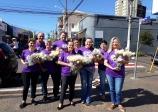 ACE Ourinhos entregou flores em homenagem ao Dia Internacional da Mulher