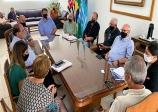 Prefeito de Assis recebe Robson Martuchi e representantes do Senai e Sesi da região